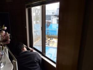 窓際が特に寒いというお施主様。「結露も多くて大変。」というお悩みをお持ちでした。